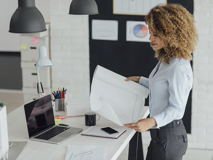 Why stand-up desk is becoming increasingly popular?
